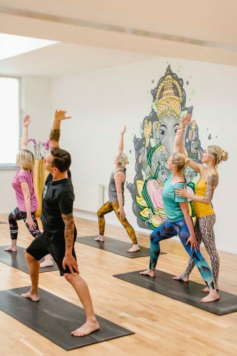 Yogalehrer   Yogato   Yogastudio Neuss