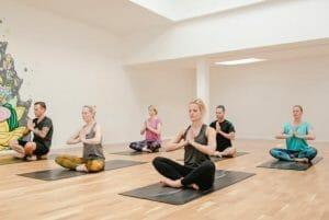 Hatha Yoga Stressbewältigung   Yogato   Yoga Neuss